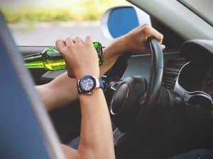 שתיית בירה ונהיגה