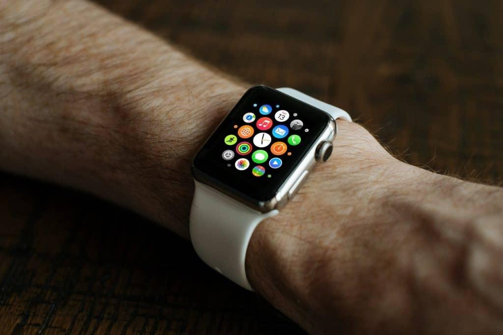 שעון אפל